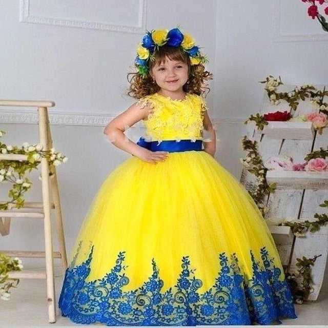 Pretty Flower Girl Gown