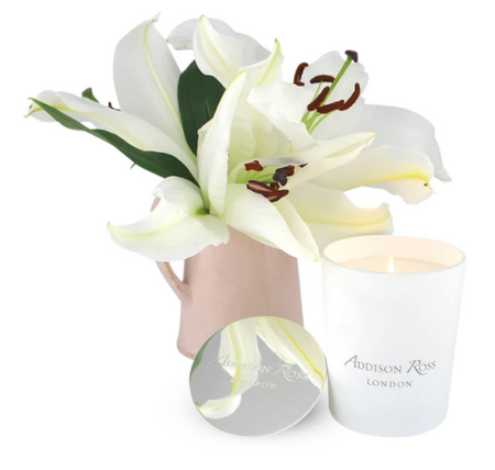 WILD LILY SCENTED CANDLE