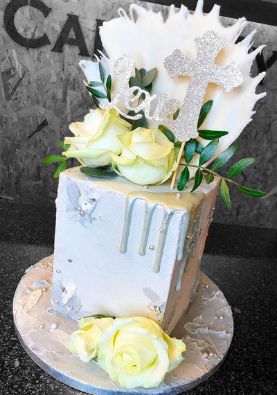"This is a 5"", tall style square cake (feeds 20-25 approx)"
