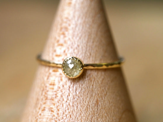 A Dew Drop Diamond Prong Ring