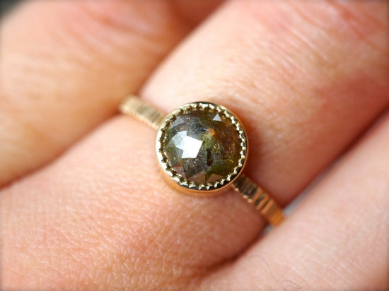 Green Earth Diamond Ring