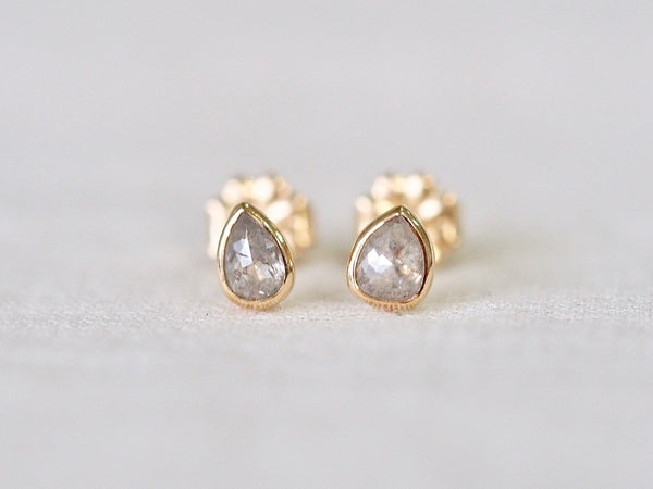 Ice Silver Drop Diamond ピアス