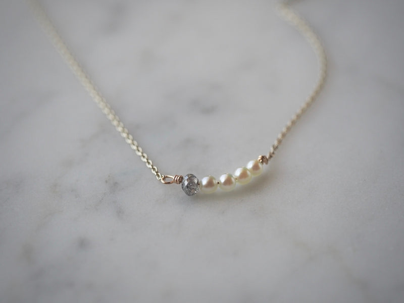 gentle love necklace white gold