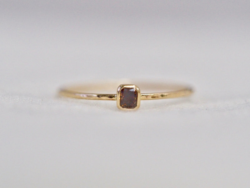 Whisper square ring #1015