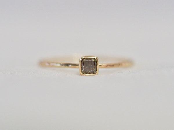 Whisper square ring  #1006