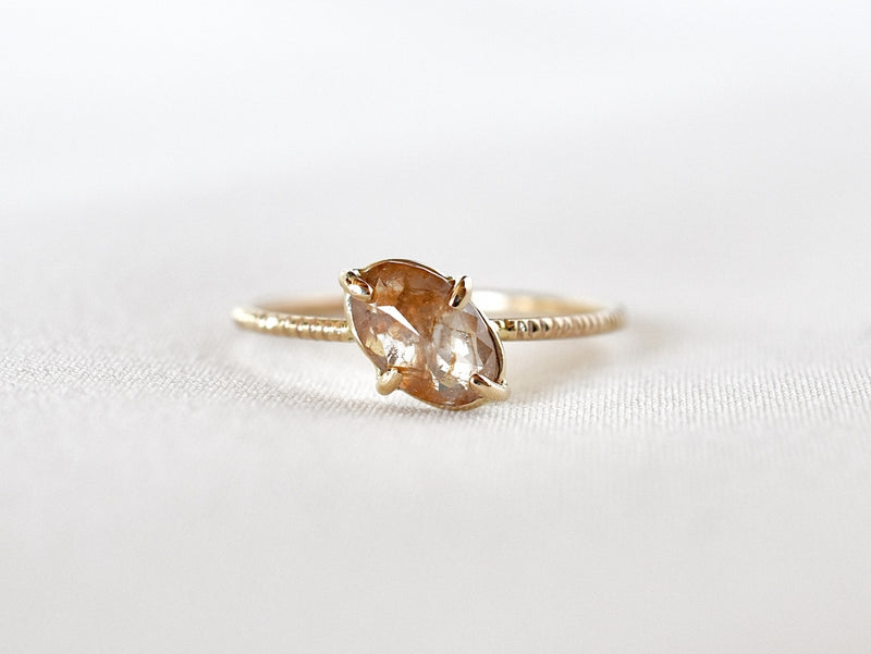 Bloom diamond ring