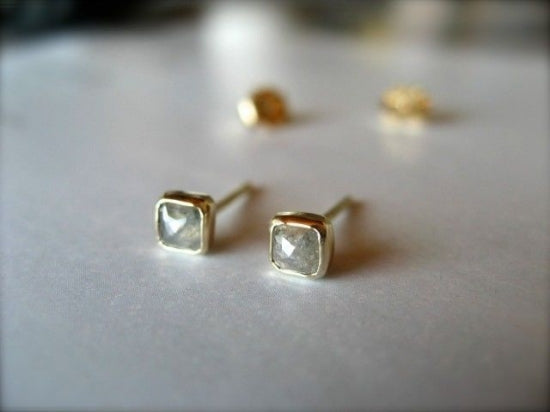 Silver Diamond Square ピアス