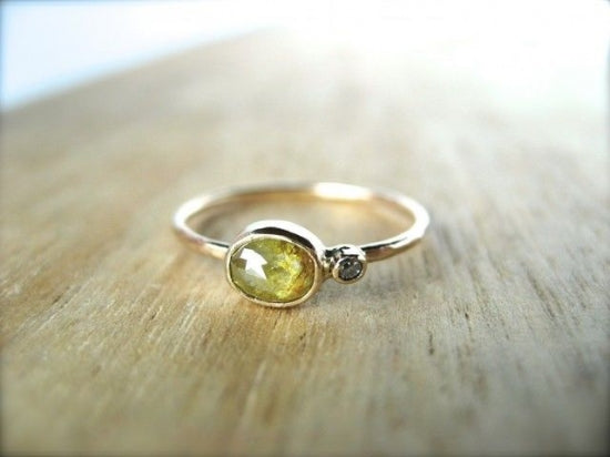 Baby Diamond Satellite Ring ハニー