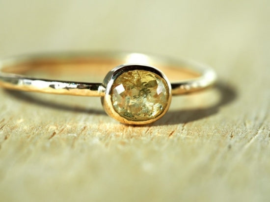 Hidamari Oval Diamond Ring