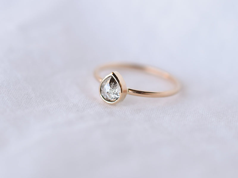 Stella Diamond Ring Bezel Drop