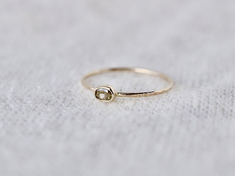 Whisper oval ring #998