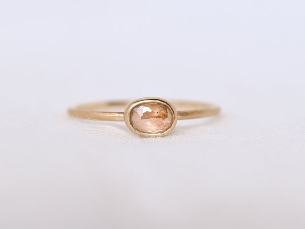 Frosted Bezel Diamond Ring Pink Shell Oval