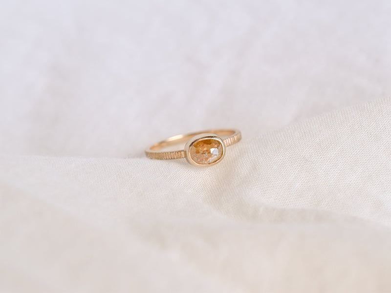 Frosted Bezel Diamond Ring Apricot Oval