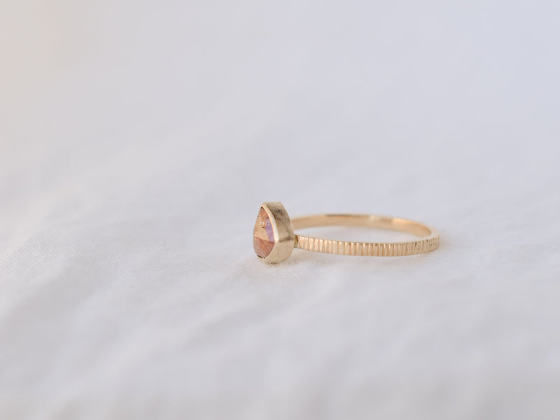 Frosted Bezel Diamond Ring Red Triangle