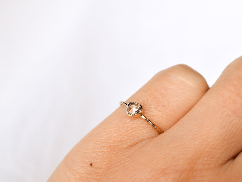 Fragment Diamond ring Dew