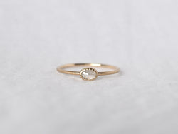 Frosted Bezel Diamond Ring Milk oval