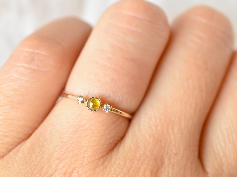 littlest bouquet ring Dandelion