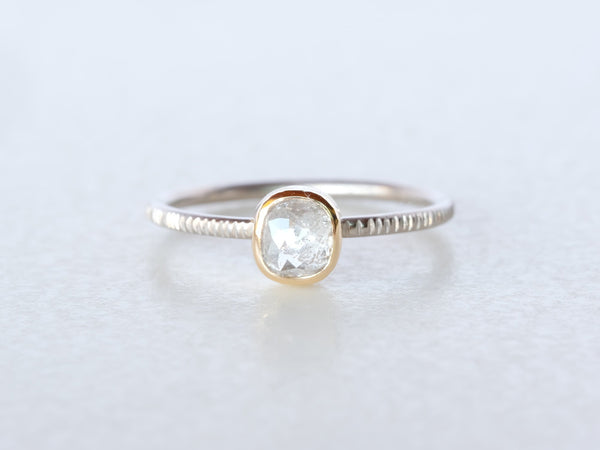 Fog Diamond Ring