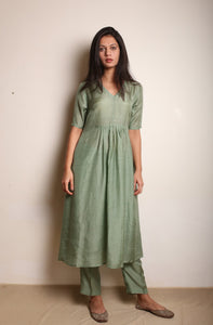 Front Gathered Taara Kurta Set