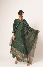 Load image into Gallery viewer, Chakra Buti Dupatta