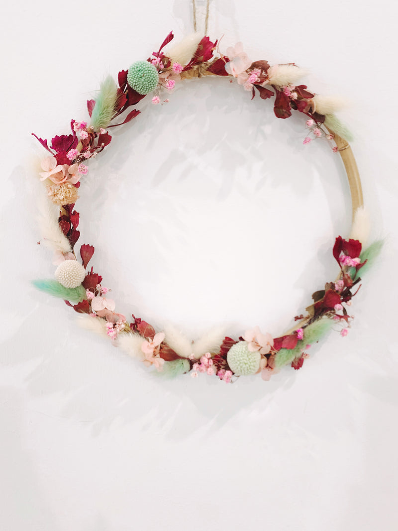 Small Forevers Rattan Wreath - Colour Pop