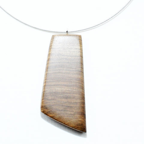 Walnut neclace