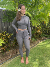 Load image into Gallery viewer, clothing Crop Track Suit Aloha Baseline