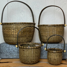 Load image into Gallery viewer, Round Rattan Handled Basket