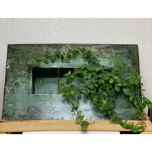 Load image into Gallery viewer, Rectangular Zinc Vertical Planter - 3