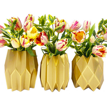 Load image into Gallery viewer, Gold Paper Vase Wraps