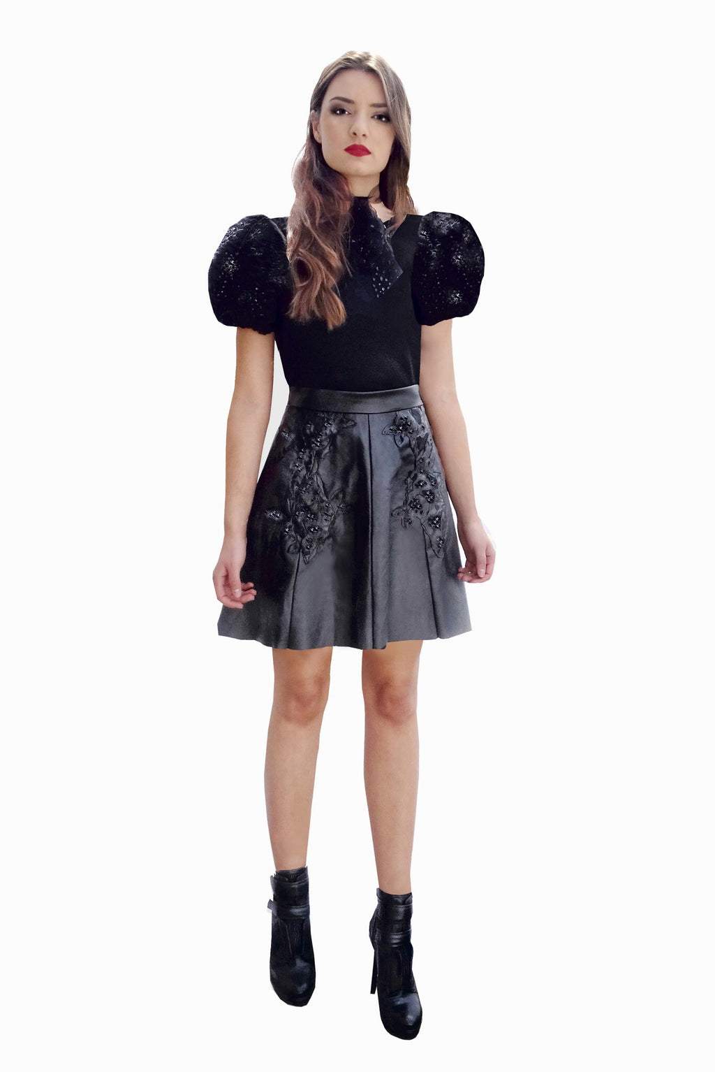 Top cropped with balloon sleeves