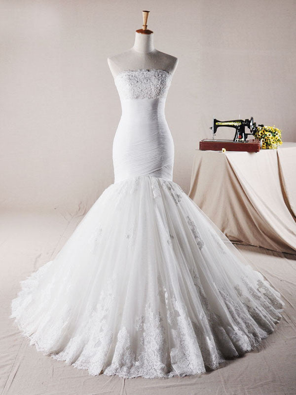 Size 2 Exquisite Fit and Flare Lace Wedding Dress
