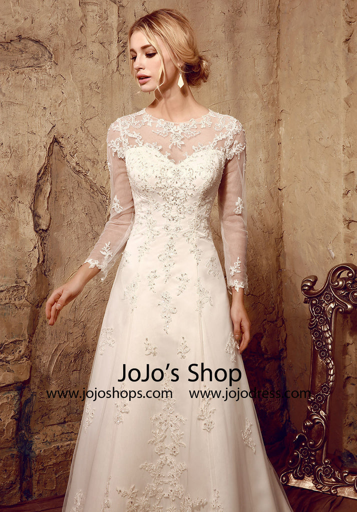 Vintage Style Lace Long Sleeves Wedding Dress with Keyhole Back | HL1022