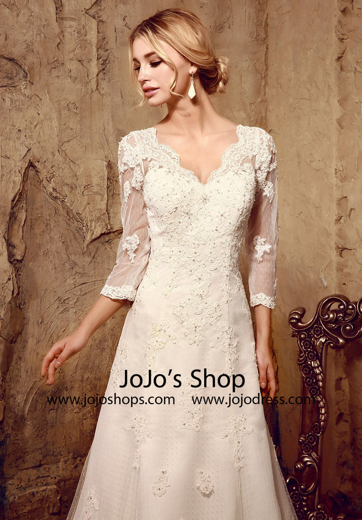 Vintage Inspired Lace Dress with Long Sleeves | HL1025