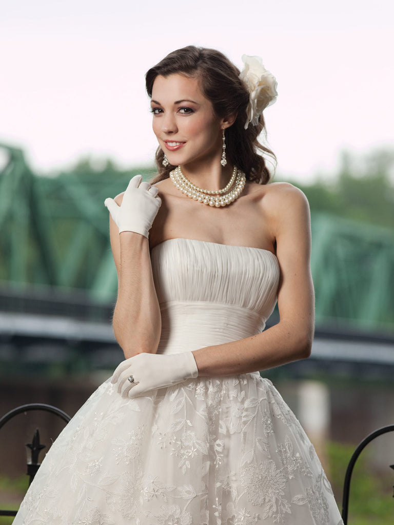 Retro 50s Strapless Lace Tea Length White Tulle Wedding Dress