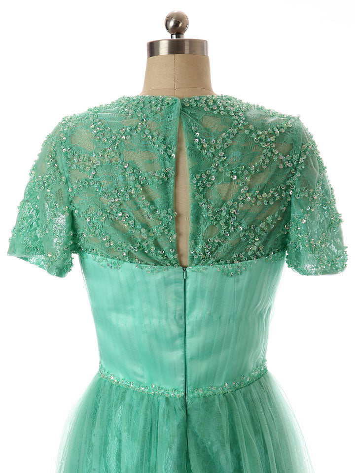 Green Modest Lace Formal Dress with Short Sleeves