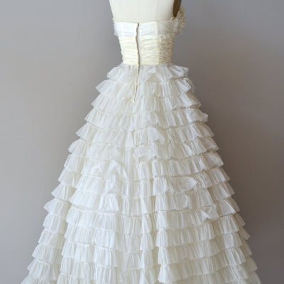 Retro Vintage Tea Length Wedding Dress with Tiered Ruffles DV2070