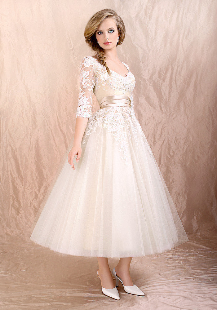 Retro 50s 60s Tea Length Long Sleeves Lace Tulle Formal Wedding