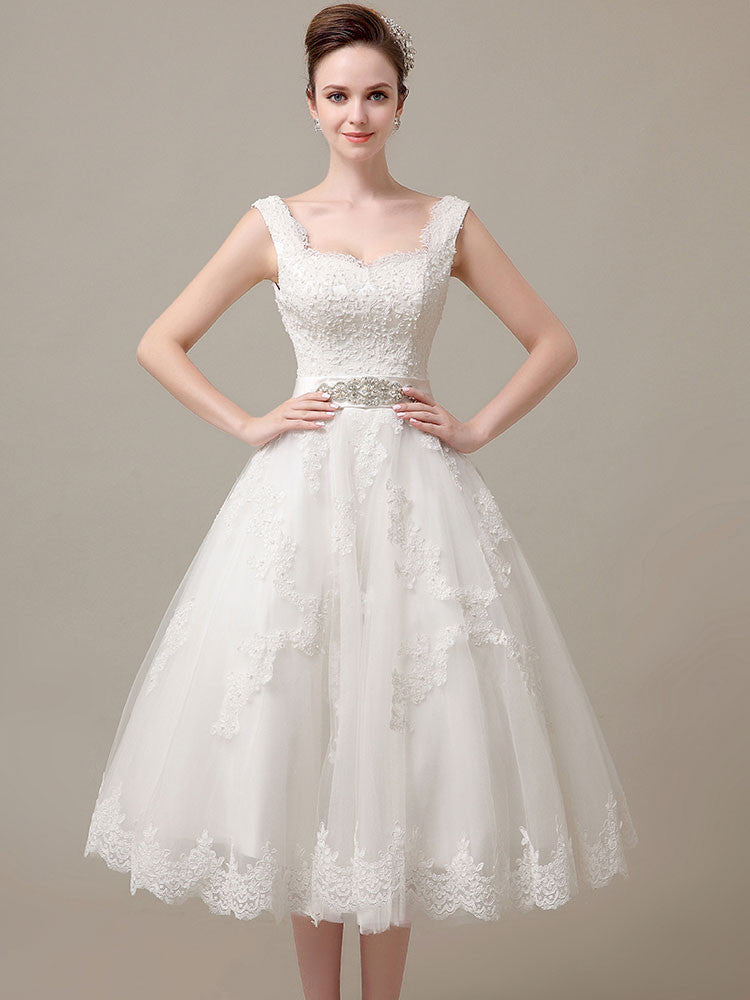d6b7c42f72527 Retro Lace Tea Length Wedding Dress | DV3018 – JoJo Shop