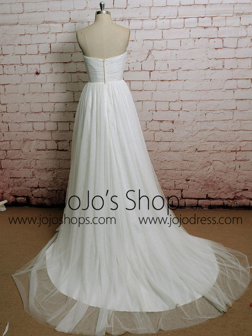 Strapless Chiffon A-line Wedding Dress with Sweetheart Neckline | EE3001