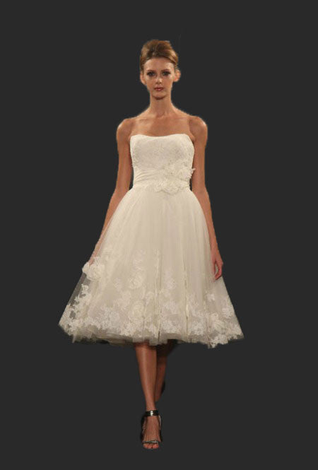 Strapless Short Knee Length Floral Lace Wedding Dress | DV2049