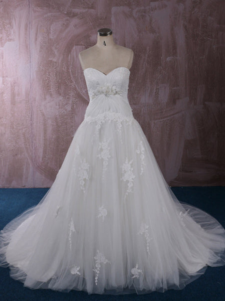 Strapless Lace Wedding Dress with Sweetheart Neckline and Empire Waist | QT85285