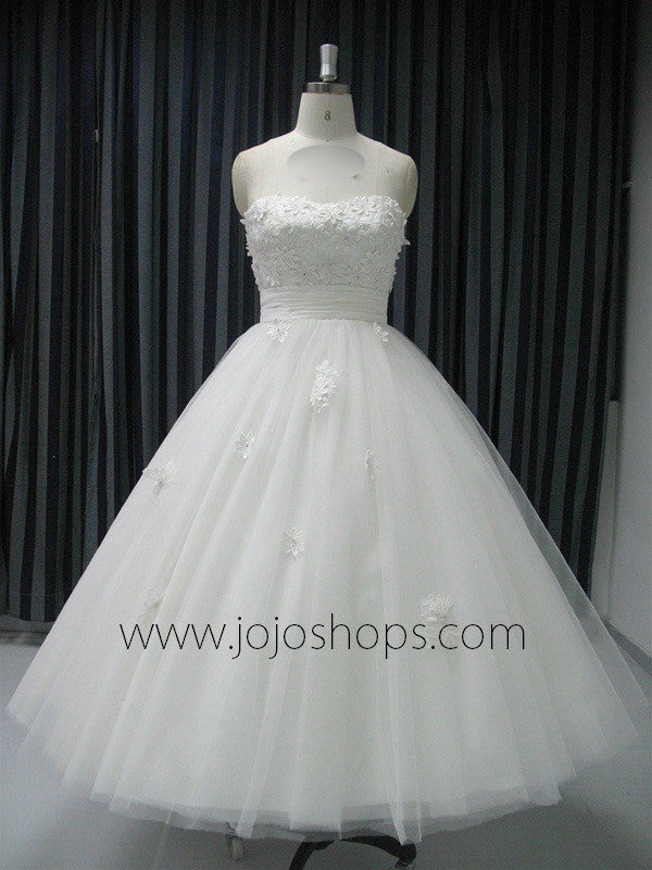 Retro Strapless Tea Length Wedding Gown with Daisy Flowers