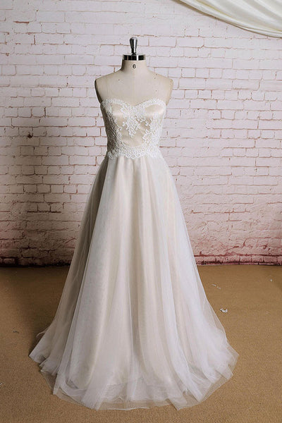 Strapless Vintage Style French Alencon Lace Wedding Dress | EE3005