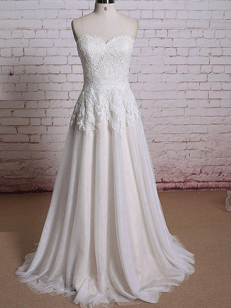 Vintage Strapless Lace Wedding Dress with Sweetheart Neckline | EE3011