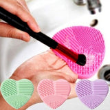 Silicone Heart Shape Makeup Brush Cleaner Cosmetic Cleaning Tool Washing Brush Color heart shaped makeup brush wash H30314