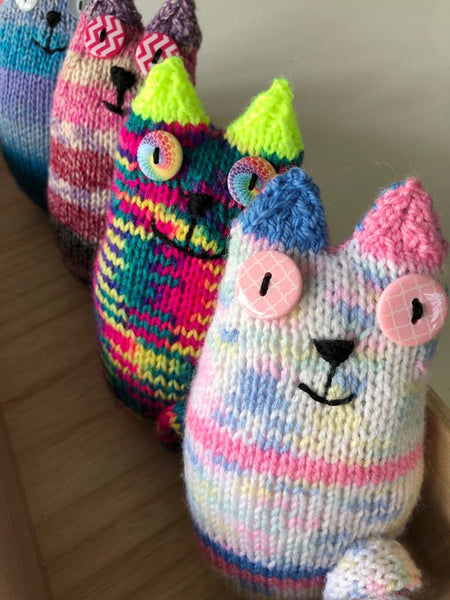 Knitted Crazy Cat