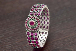 24K Silver Plated Intricately Handcrafted Antique Brass Kada Glided With Kempu (Ruby) & Emerald Stones (Pack Of 1)