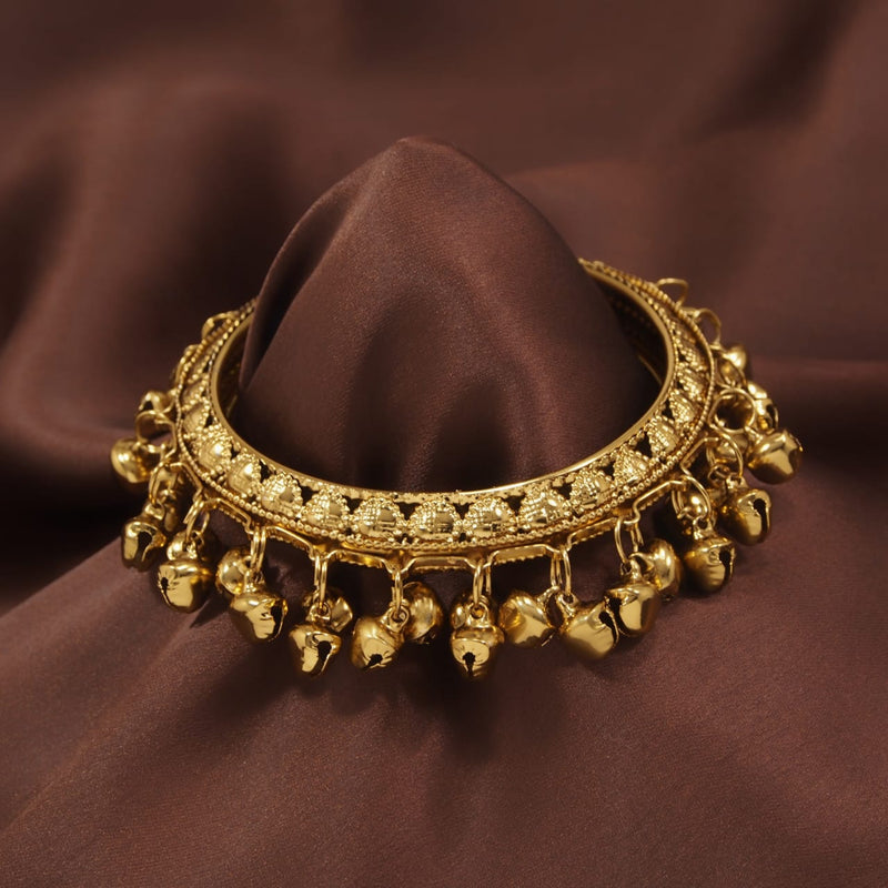 18k Gold Plated Intricately Designed Handcrafted Bangles/Kada Embellished with Ghungroo (Pack of 1)