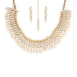 18K Gold Plated Traditional Jewellery Set With Earrings & Maang Tikka Encased with Kundan (K7090W)